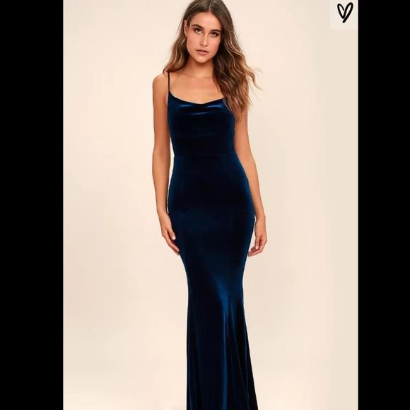 "13eb725330bac Lulu's Dresses & Skirts - Lulu's ""Sorceress"" Navy Blue Velvet Maxi Dress"